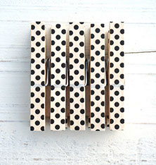 handmade wooden pegs, colorful and stylish design, made in Switzerland